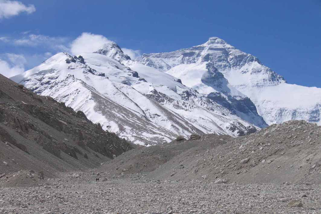 view-of-everest-from-base-camp